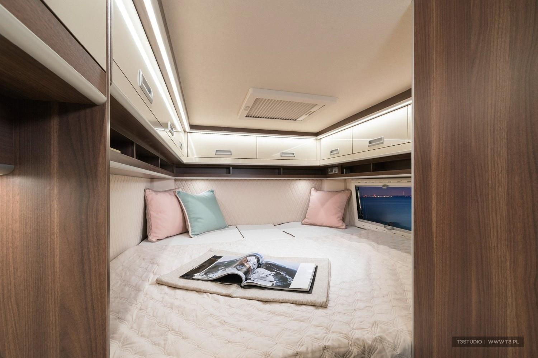 Zdjęcie z sesji zdjęciowej wnętrza samochodu kempingowe Globe Traveller,