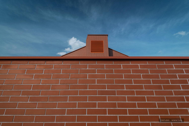 T3Studio-2451-Dom-Golfisty-w-Sobieniach-Pole-Golfowe-Sobienie-Królewskie-Fotografia-architektury.jpg